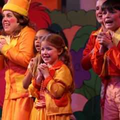 seussical-00611