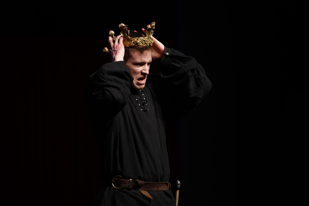 Macbeth in Pictures